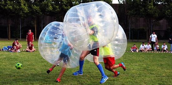 Partita tra Amici a Bubble Football