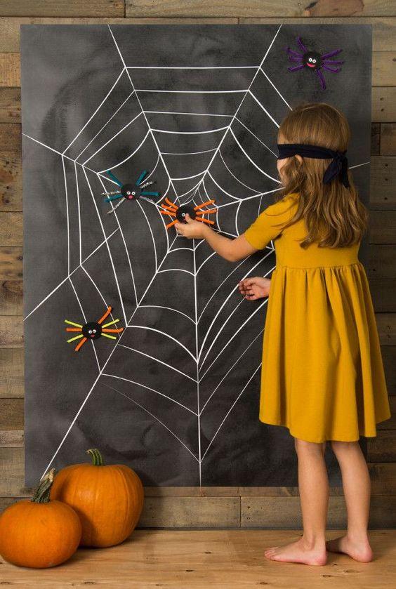 gioco per la festa di compleanno a tema Halloween