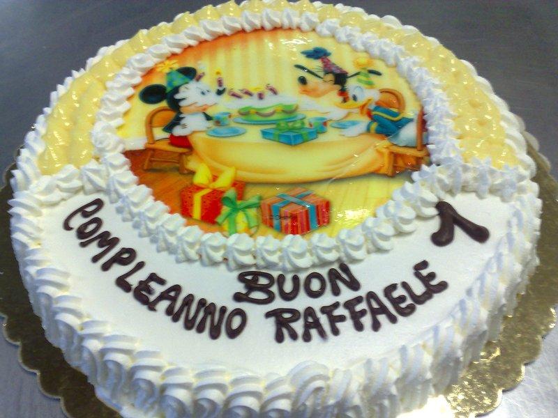 torta alla festa di compleanno