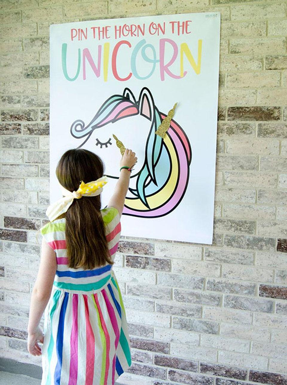 Gioco festa di compleanno a tema unicorno