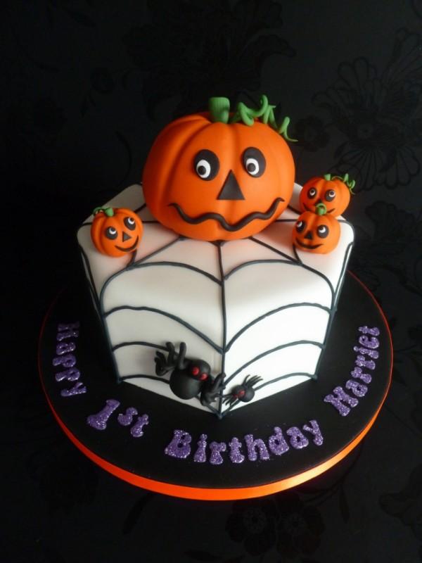 torta festa a tema Halloween