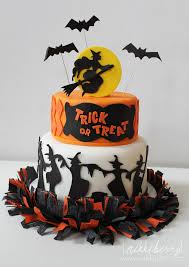 torta festa di compleanno a tema Halloween